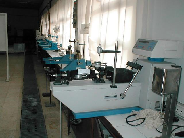 http://www.mmf.cu.edu.tr/imb/LAB%20FOTO/lab15.jpg